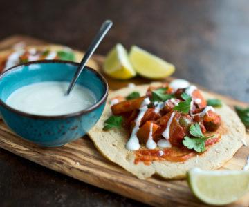 Čičerkine palačinke z ratatouille omako